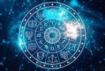 Гороскоп на пятницу, 3 апреля: что сегодня ждет Тельцов, Львов, Скорпионов и другие знаки Зодиака