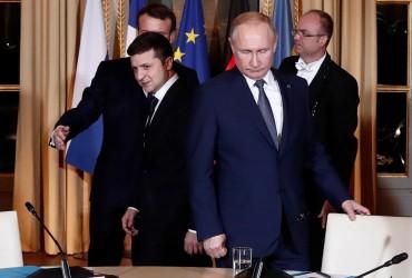 """Прекращение огня и """"формула Штайнмайера"""": о чем договорились Зеленский и Путин (видео)"""