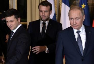 Выражение лица Путина рядом с Зеленским повеселило сеть (фото)