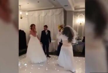 Незнайомка заявилася на чуже весілля та відшмагала нареченого (відео)