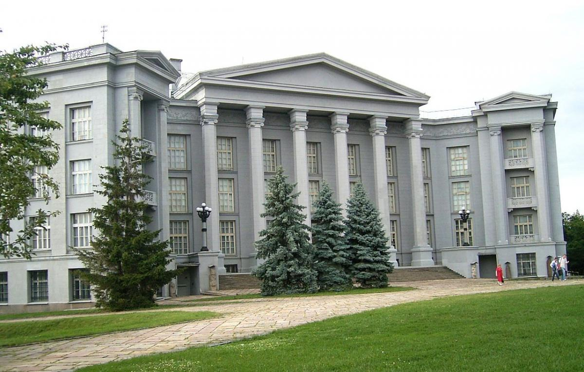 В музеях дезинфекция и очень частое проветривание исключено, поскольку вредит артефактам/ фото wikipedia.org