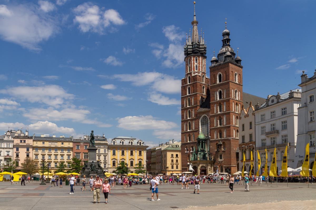 Дрон украинского туриста упал на крышу костела в Кракове / Фото: wikimedia
