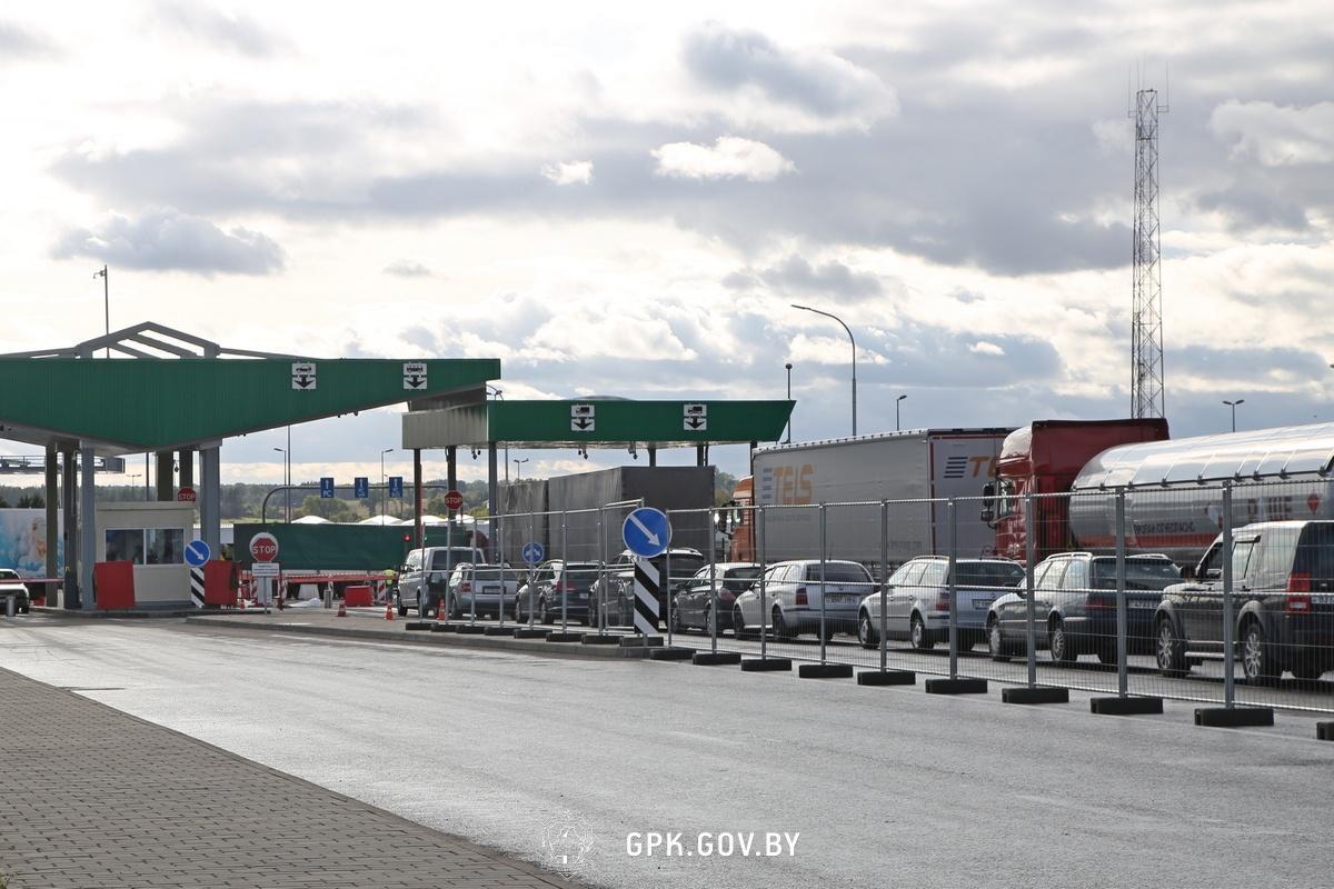 2 июля Лукашенко приказал пограничникам полностью закрыть границу с Украиной / фото: gpk.gov.by