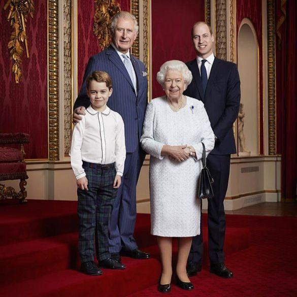 Знімок був зроблений 18 грудня в Букінгемському палаці \ Instagram британської королівської сім'ї