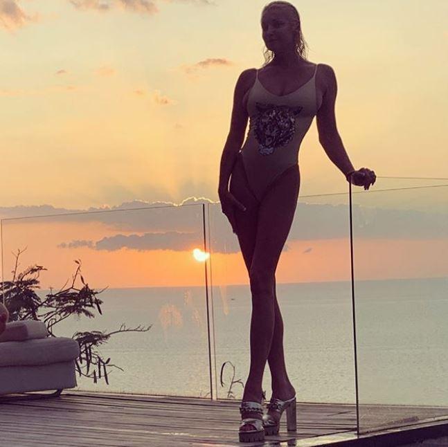 Волочкова показала фото з відпочинку / instagram.com/volochkova_art