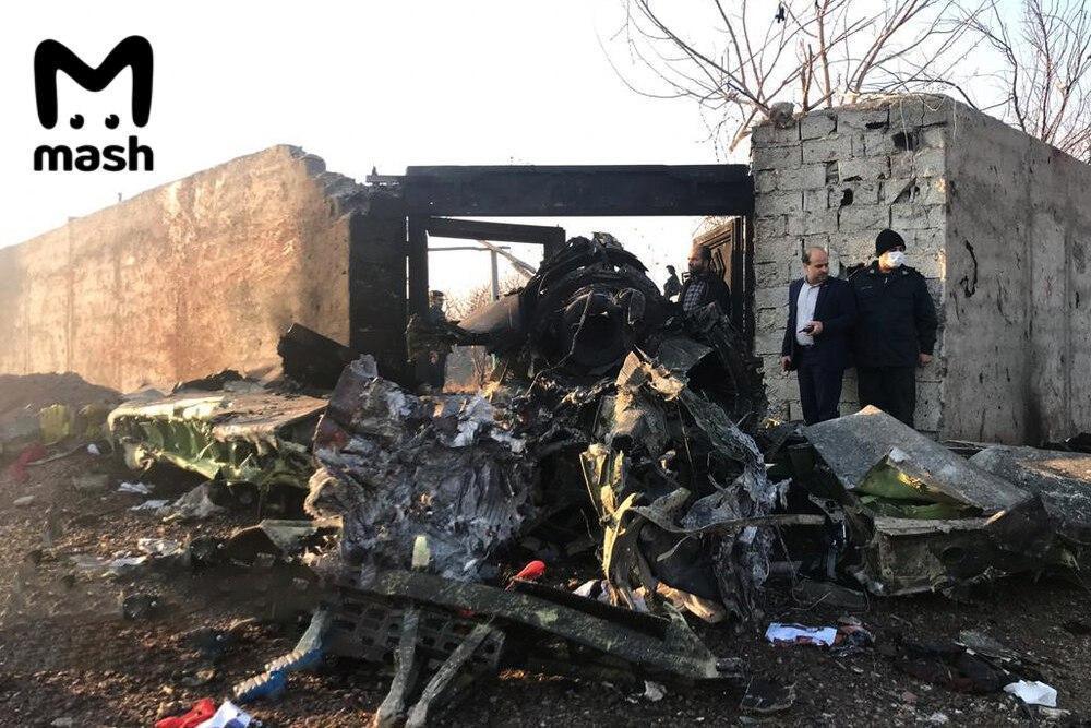 Внаслідок авіакатастрофи ніхто не вижив \ MASH
