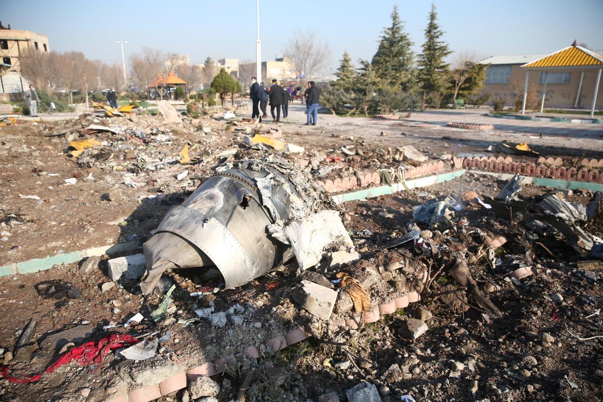 Место катастрофы украинского самолета \ REUTERS