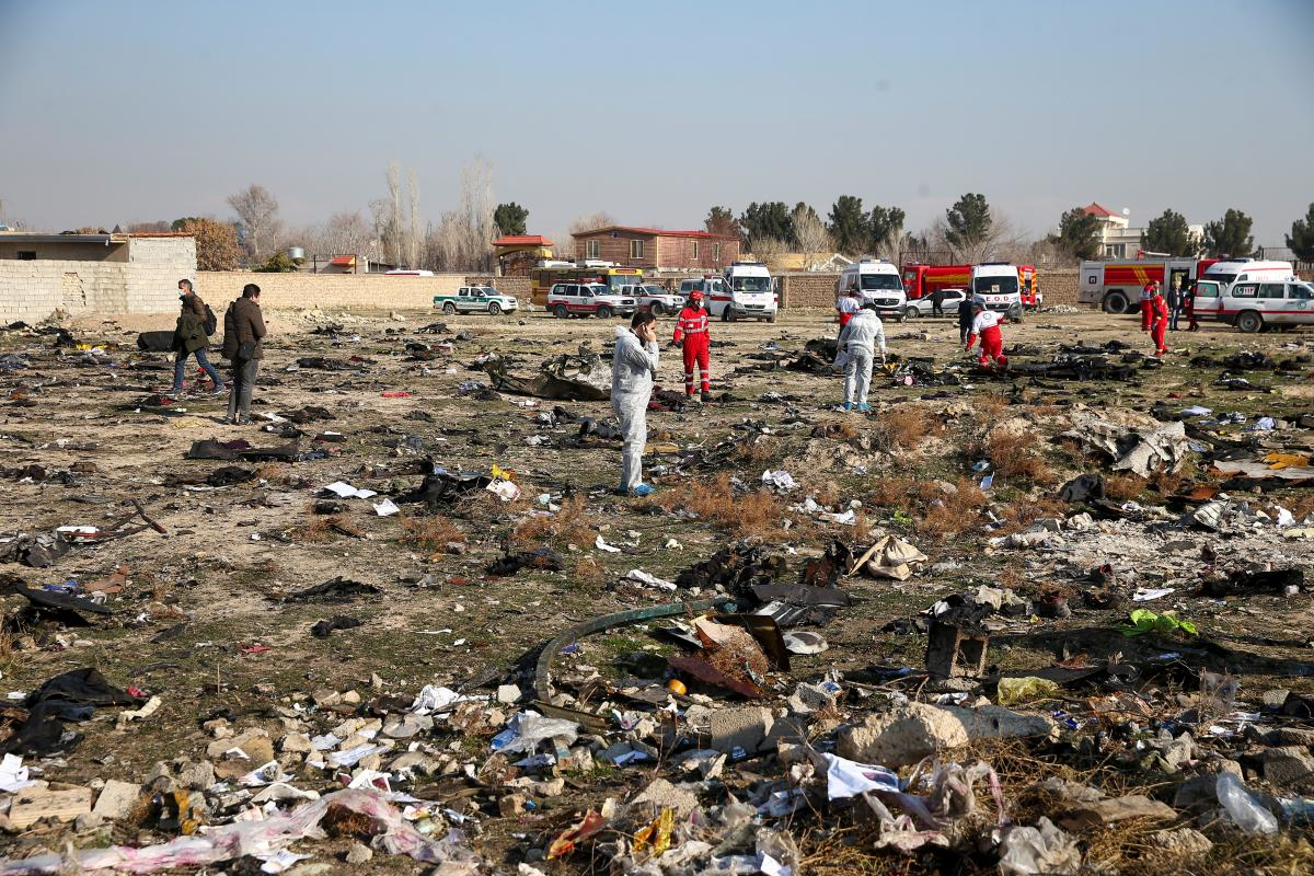 Место катастрофы самолета МАУ / REUTERS