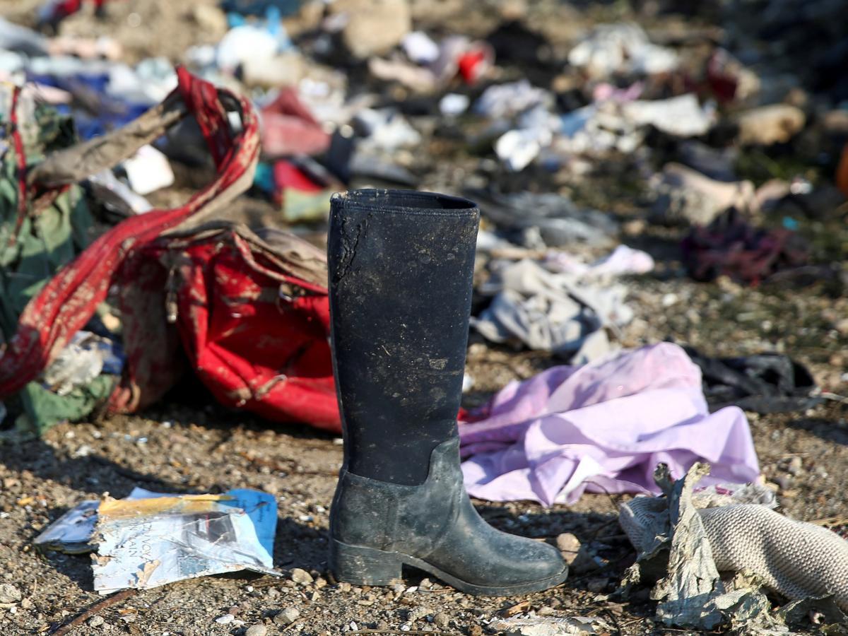 Місце катастрофи літака МАУ в Ірані / REUTERS