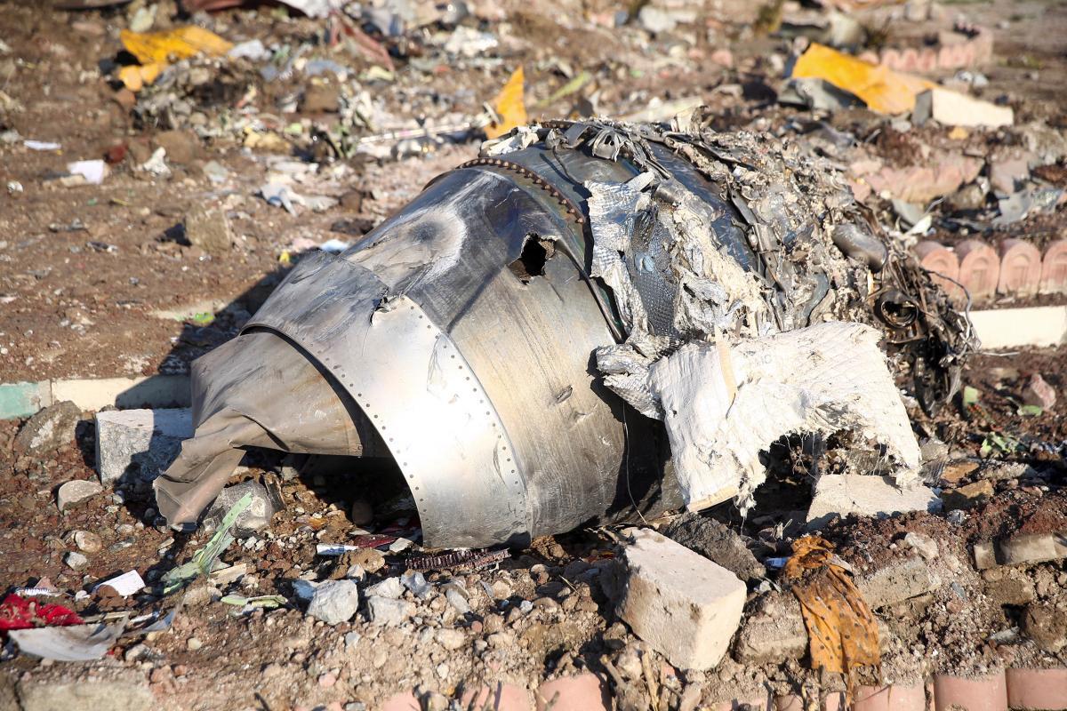 Место авиакатастрофы возле Тегерана / REUTERS