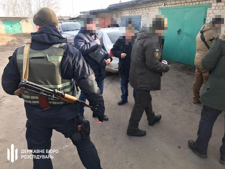 Двом військовим та цивільному повідомили про підозру / Фото: ДБР