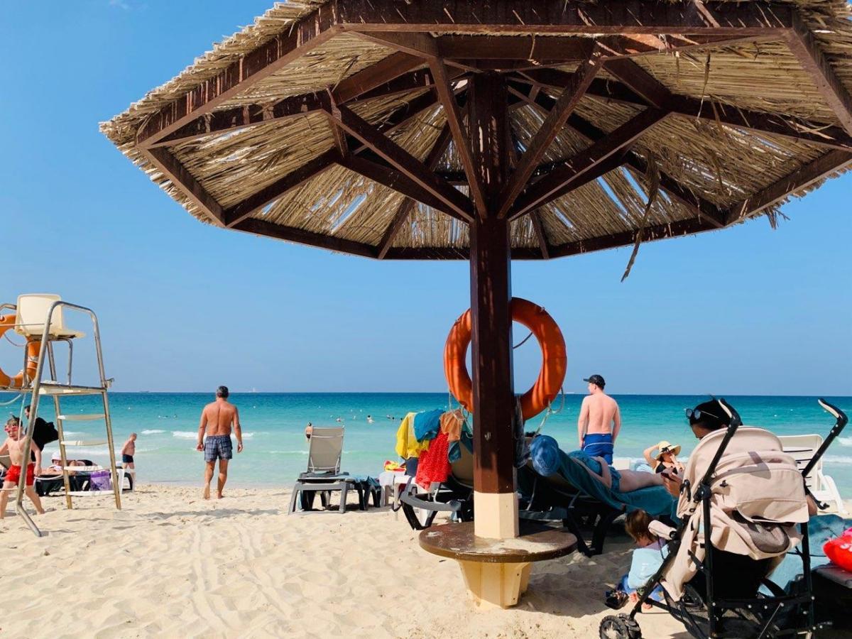 Occidental славится одним из лучших пляжей Шарджи, закрытым для посторонних туристов
