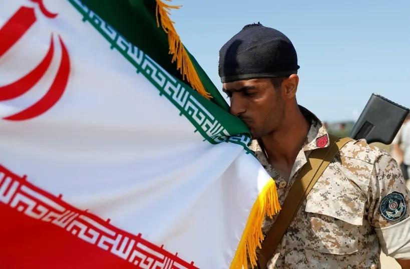 Иран не хочет вмешиваться в войну в Нагорном Карабахе, но ему придется / фото Reuters