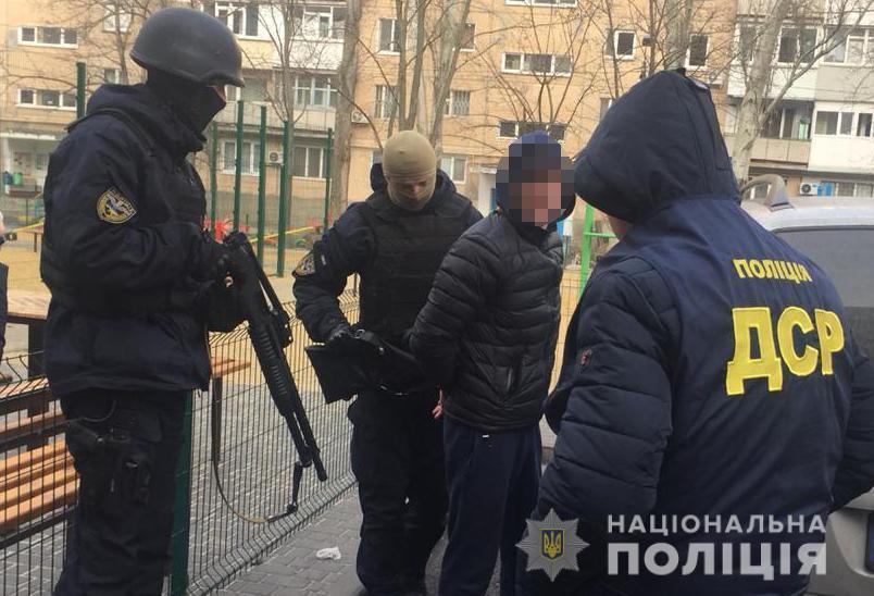 В состав преступной группы входило пять человек в возрасте от 25-ти до 42-х лет / npu.gov.ua