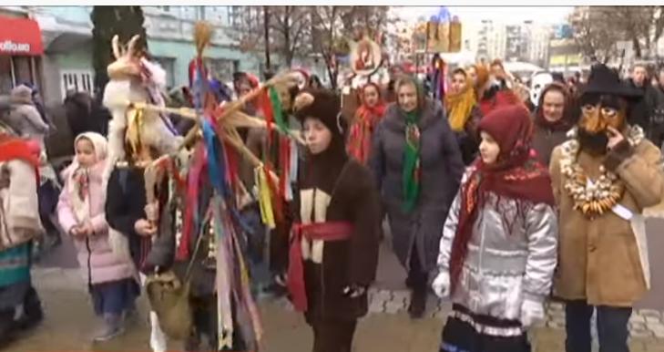Украина празднует Маланку / скриншот видео ТСН