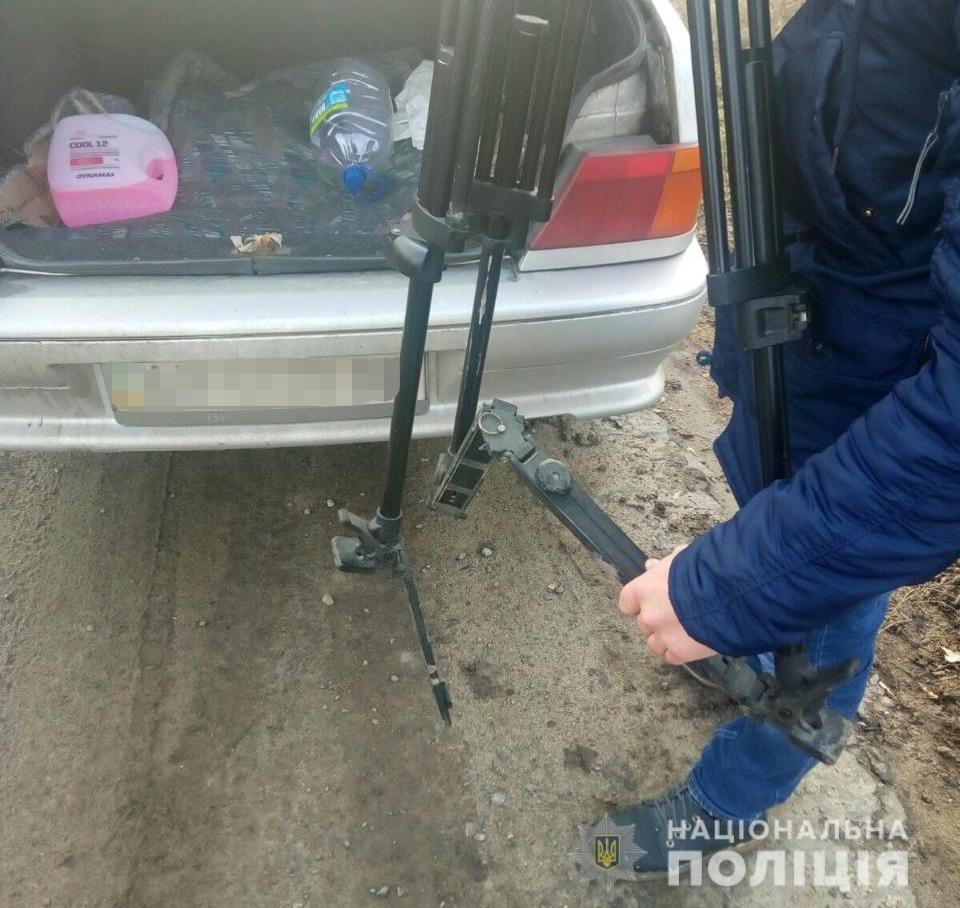 Нападающий повредил оборудование телеканала/ Фото: Нацполіція