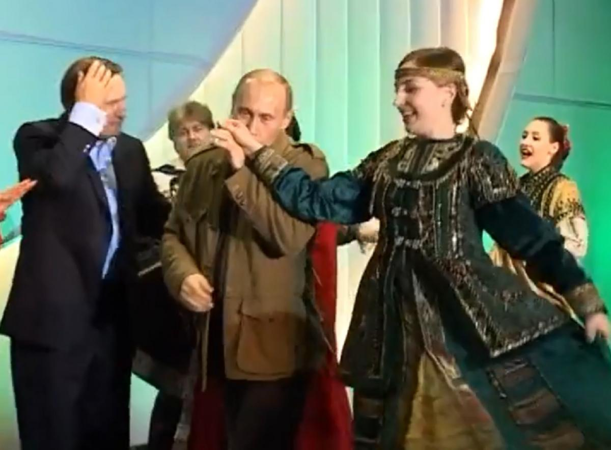 Это был последний визит Буша-младшего в России / Скриншот