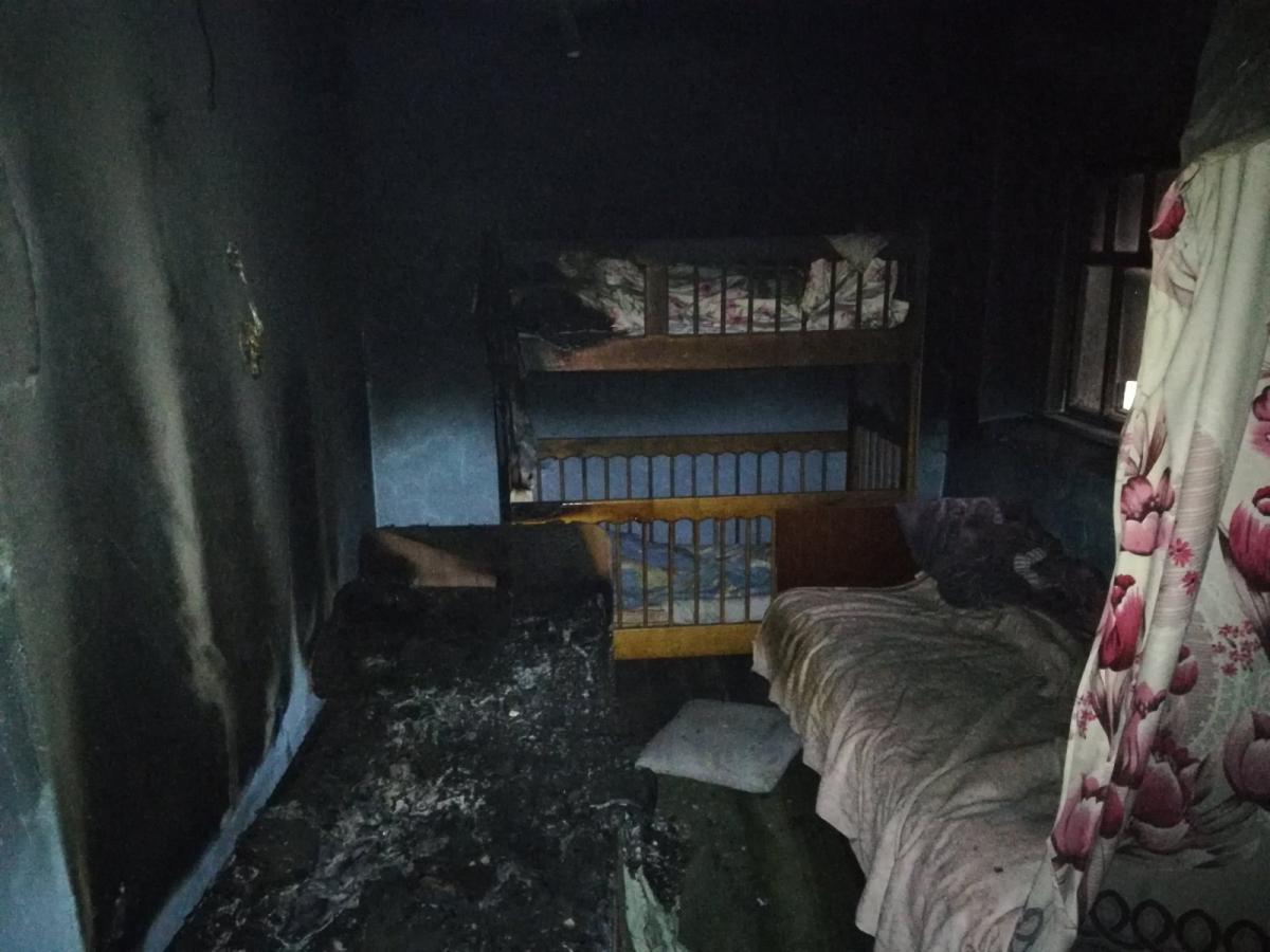 Внаслідок пожежі загинули троє осіб / фото kv.dsns.gov.ua
