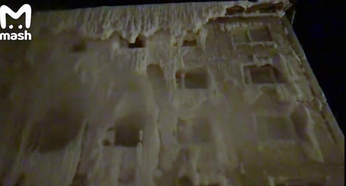Гуртожиток ззовні нагадуєзамок Снігової королеви / скріншот