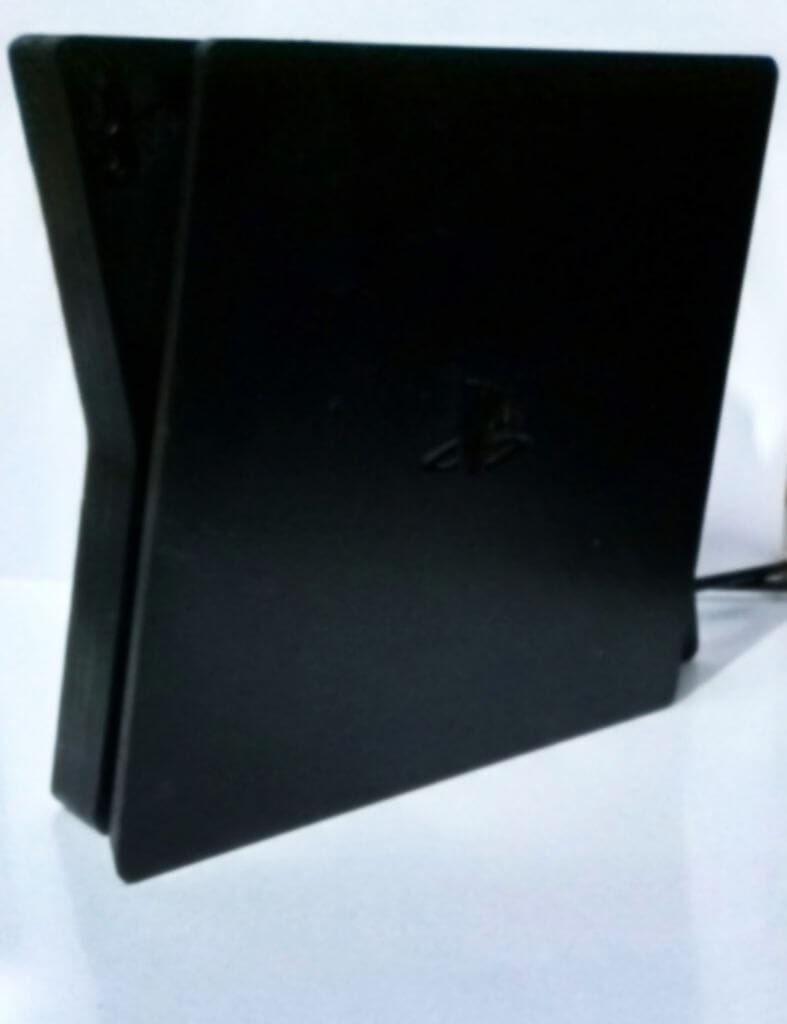 Инсайдер утверждает, что так выглядит DevKit консоли Playstation 5 / twitter.com