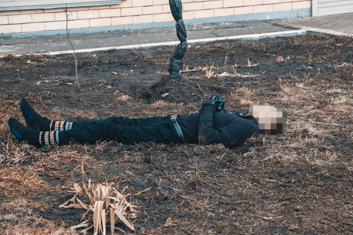 Чоловік був без верхнього одягу та взуття / фото: Інформатор Київ