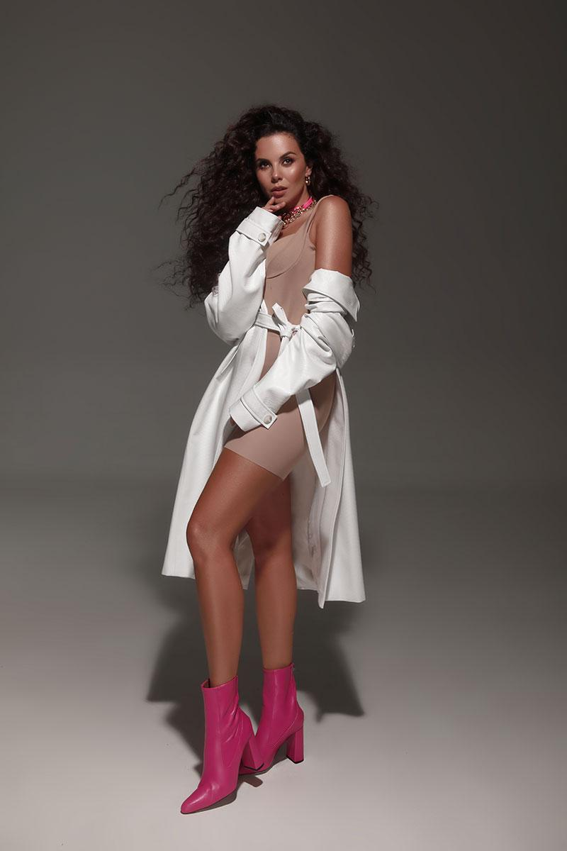 Пристрасна Настя Каменських на сторінках мексиканського Playboy / фото playboy.com.mx