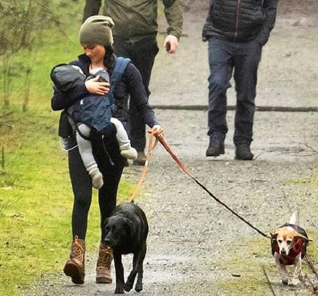Меган Маркл заметили на прогулке вместе с сыном / фото instagram.com/harrymeghanprince/