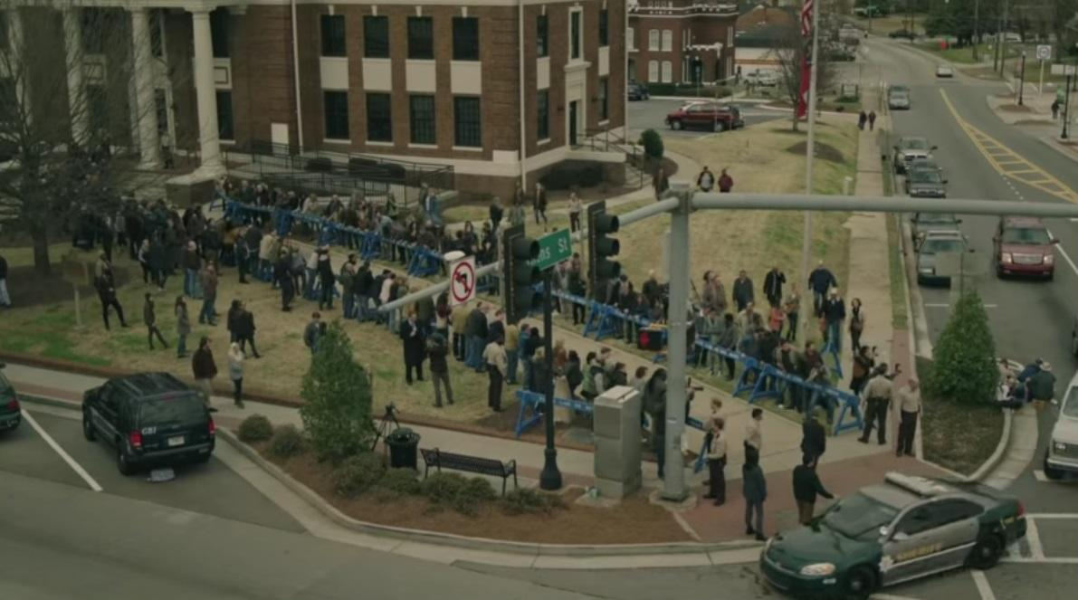 Место действия - маленький городок Флин-Сити / кадр из сериала