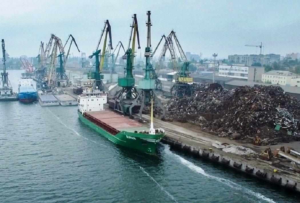 Херсонский порт передается в концессию на 30 лет / фото delo.ua