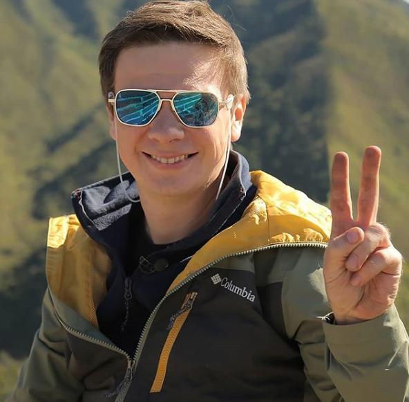 """Ведущий """"Мир наизнанку"""" поделился радостной новостью / Instagram Дмитрий Комаров"""