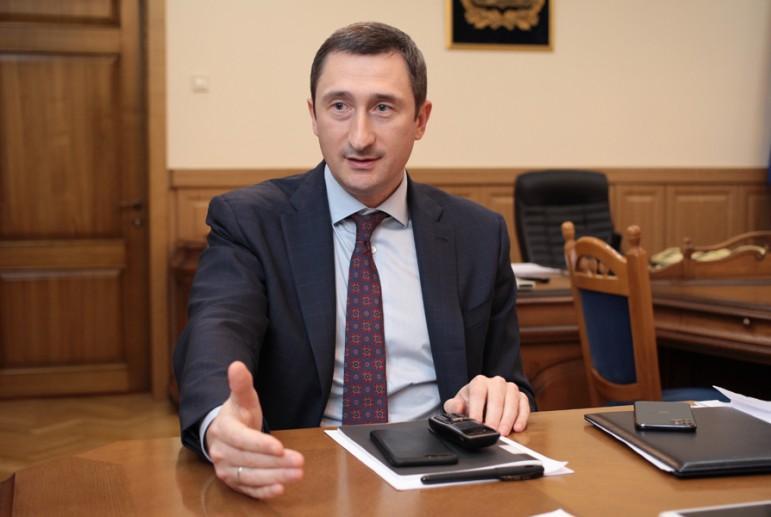 Олексій Чернишов вважає залучення інвестицій головним стратегічним напрямком для розвитку області / фото dsnews.ua