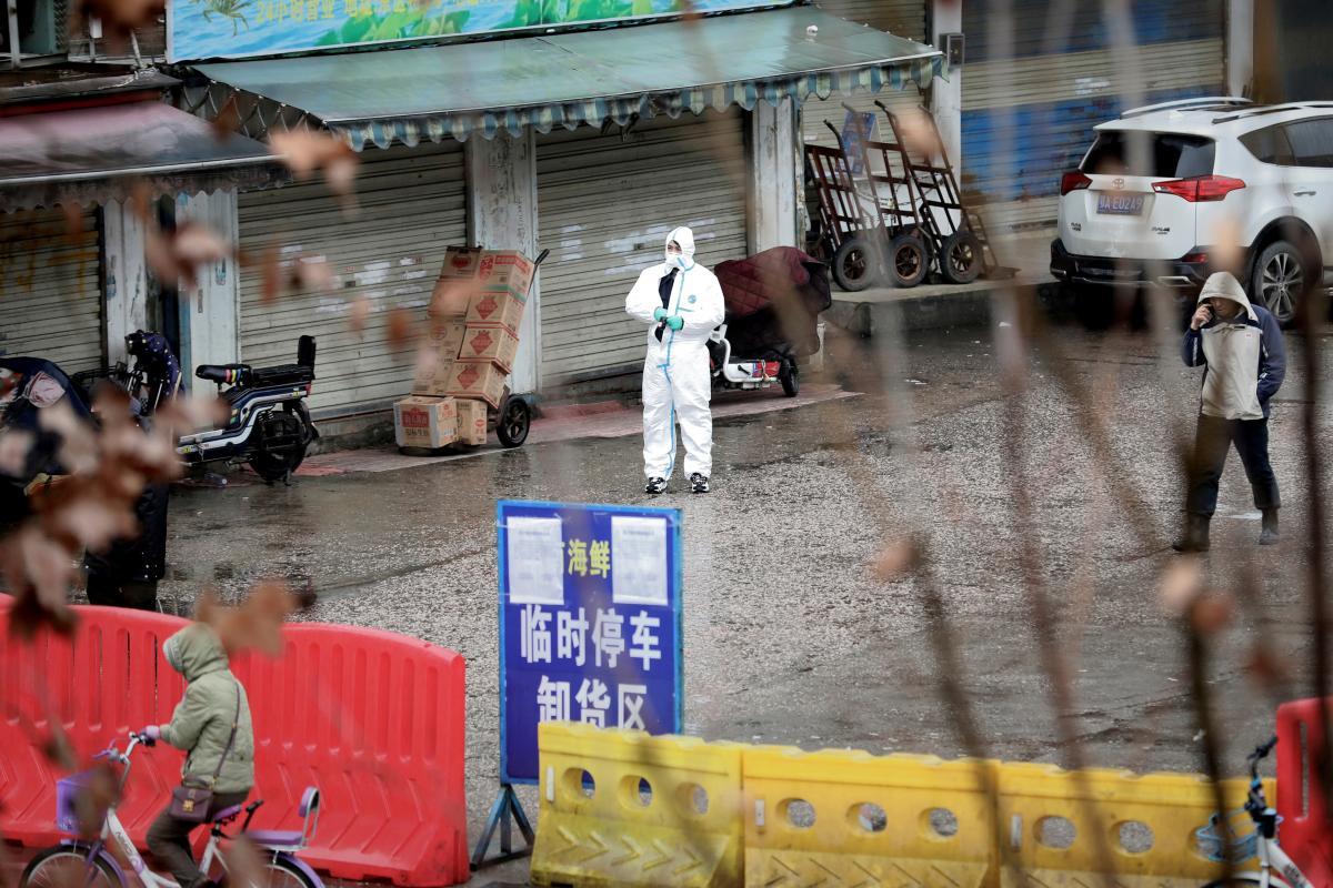 Считается, что COVID-19 произошел из Китая/ фото REUTERS