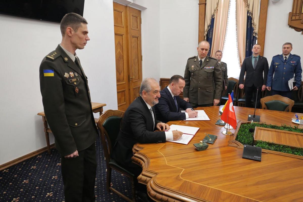 Украина и Турция договорились о сотрудничестве \ mil.gov.ua