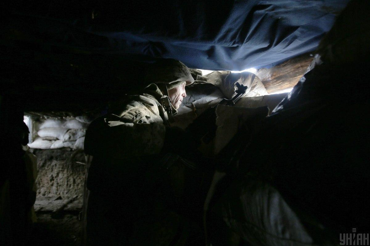 ВСУ подвергаютсяобстреламсо стороны боевиков / фото УНИАН