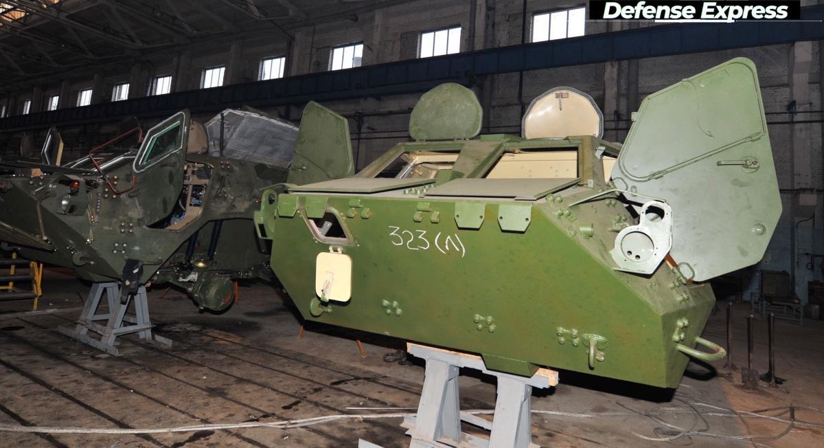БТР-4 для армії: ще не зроблені, але вже тріщать по всіх швах / фото facebook.com/szgurets