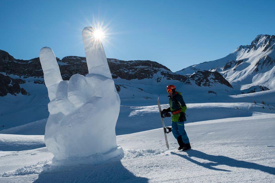 В 2019 году в Ишгле устраивали фестиваль скульптур из снега / Фото facebook.com/ischgl.paznaun/