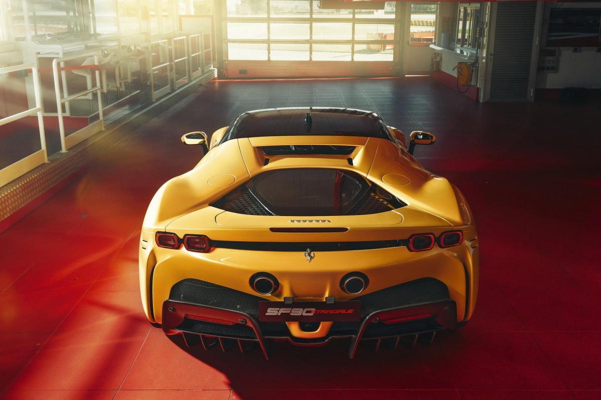 Заявку Ferrariотнесли к категории гибридных транспортных средств / фото Ferrari