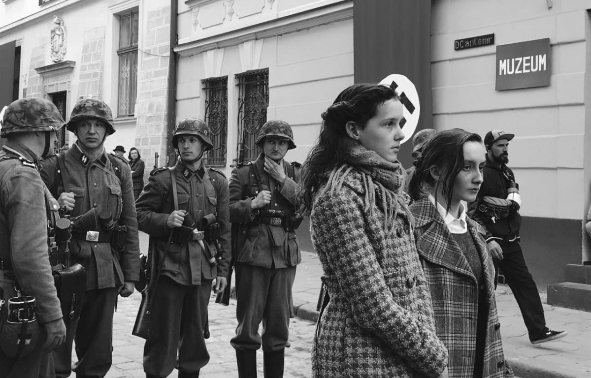 История создана на основе реальных дневников 13-летней Евы Хейман, погибшей в Аушвице / фото из архива Colorfilm