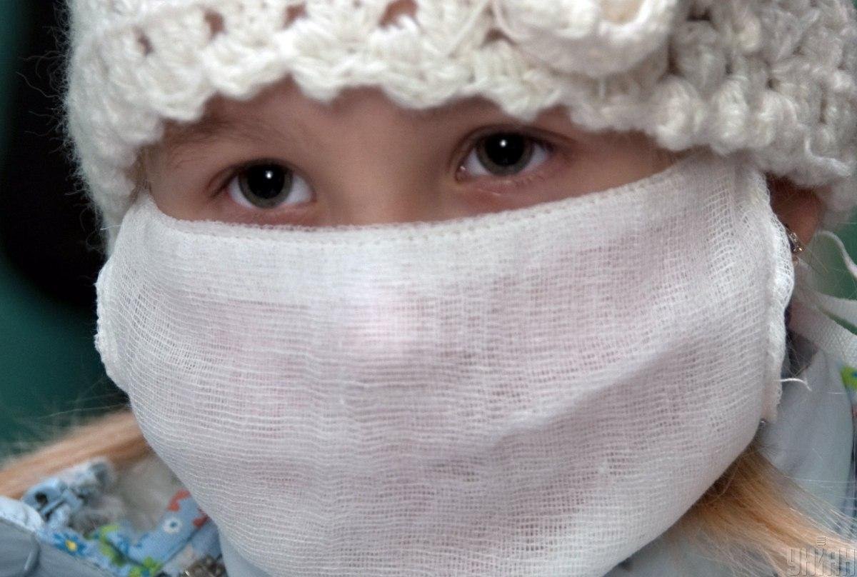 Карантин будет действовать до снижения уровня заболеваемости / фото: УНИАН