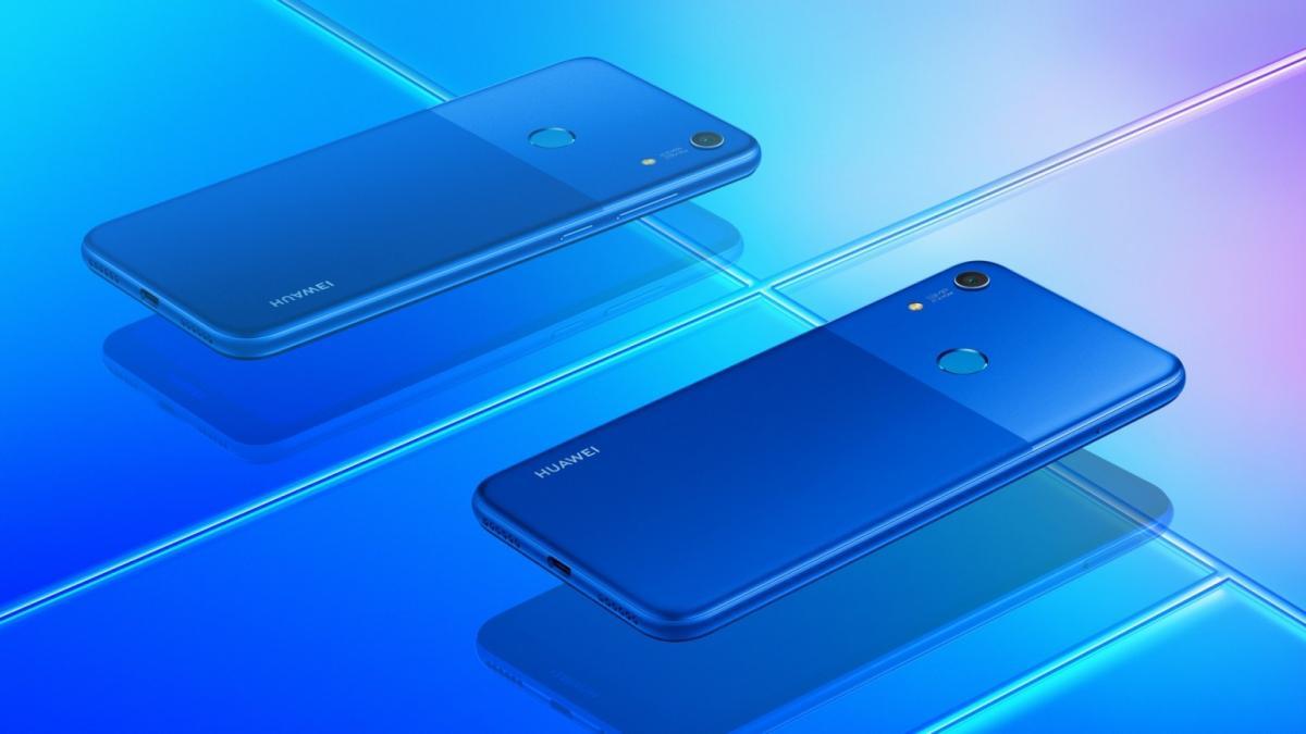 Смартфон будет доступен в двух цветовых вариантах / фото Huawei