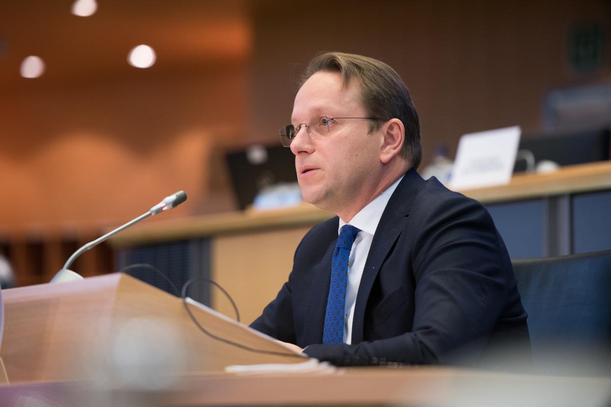 Оливер Варгеи подчеркнул, что Украина должна достичь прогресса в реформах / фото flickr.com/european_parliament