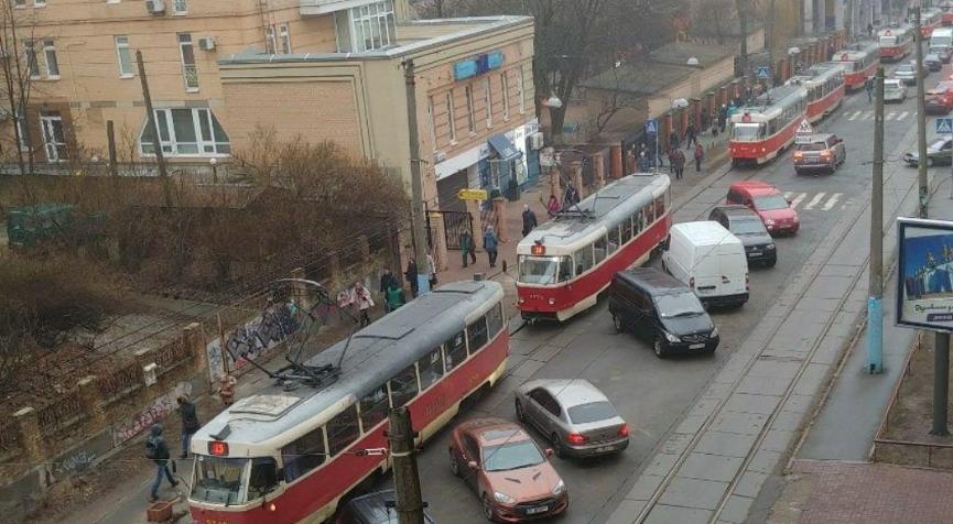 У Києві ускладнився рух трамваїв / dtp.kiev.ua