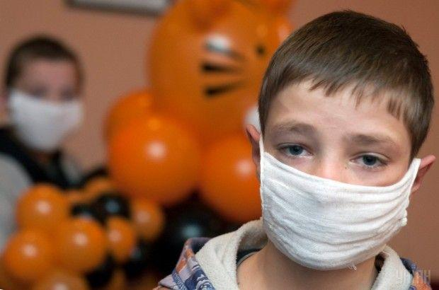 Сейчас в городе гриппом и ОРВИ болеют свыше 35% школьников / фото УНИАН