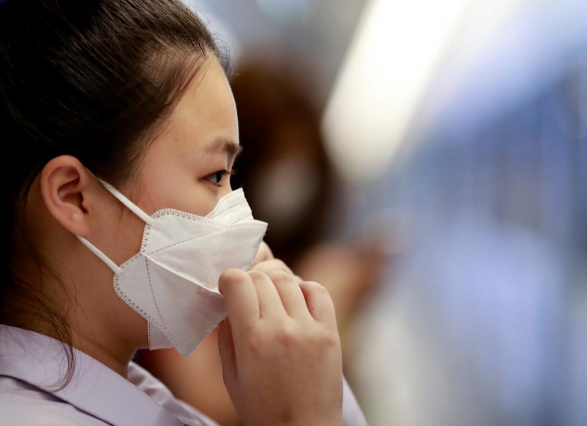 В начале пандемии экспорт КНР упал на 17% / фото REUTERS