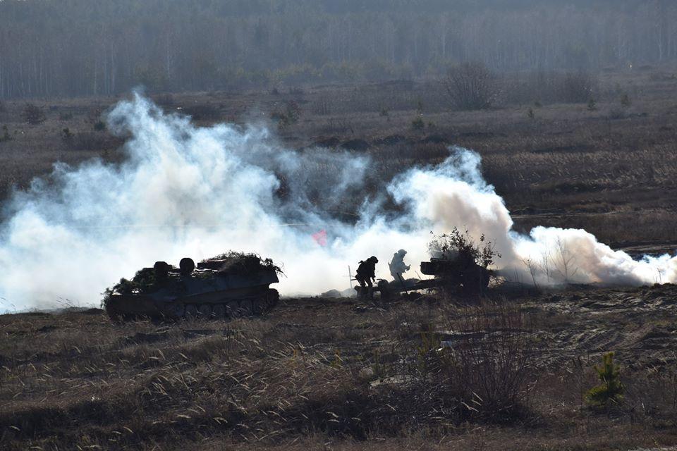 Перемирие на Донбассе - боевики один раз нарушили режим тишины / фото facebook.com/GeneralStaff.ua/