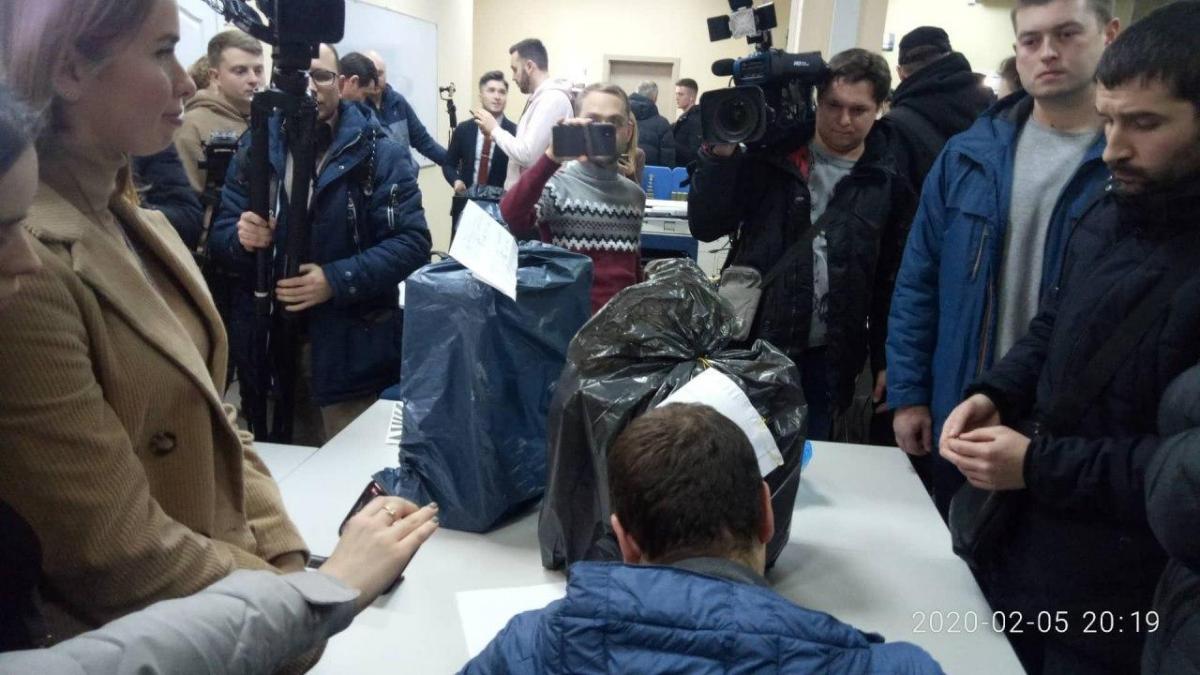 """СБУ провела обыски в офисе канала """"1+1"""" / фото УНИАН"""
