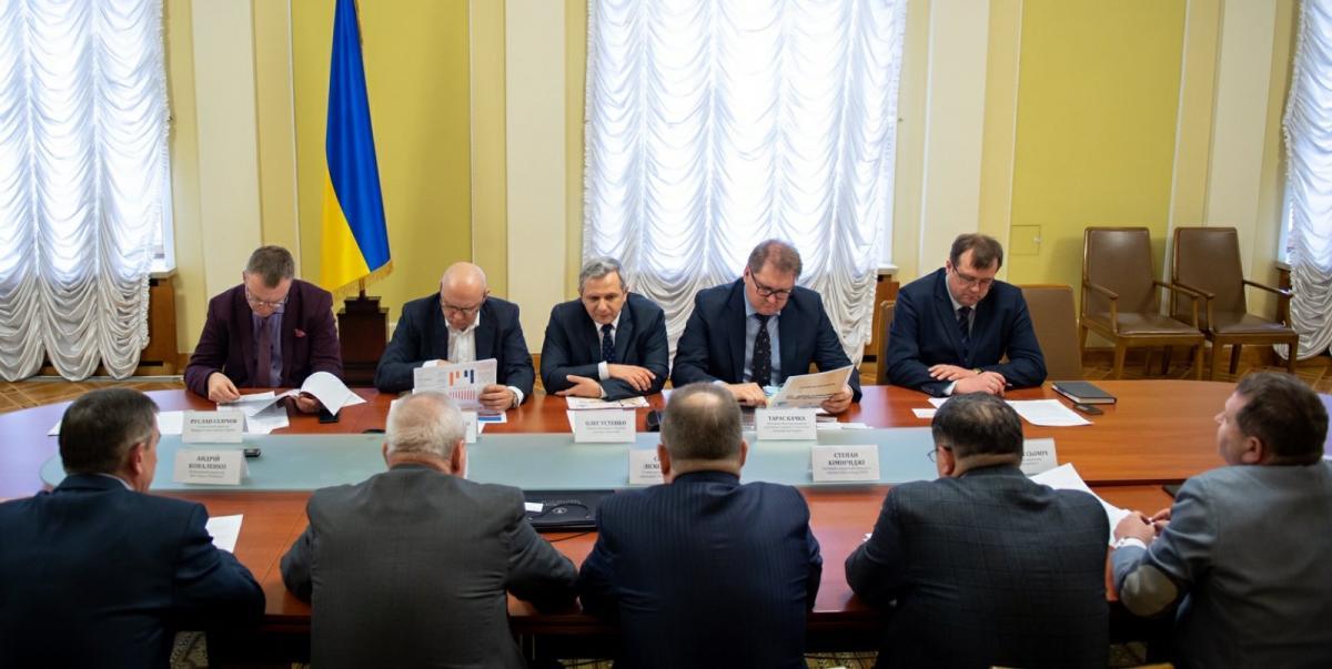 Химическую отрасль представляли руководители большинства химических предприятий Украины, представители профильных организаций и эксперты отрасли