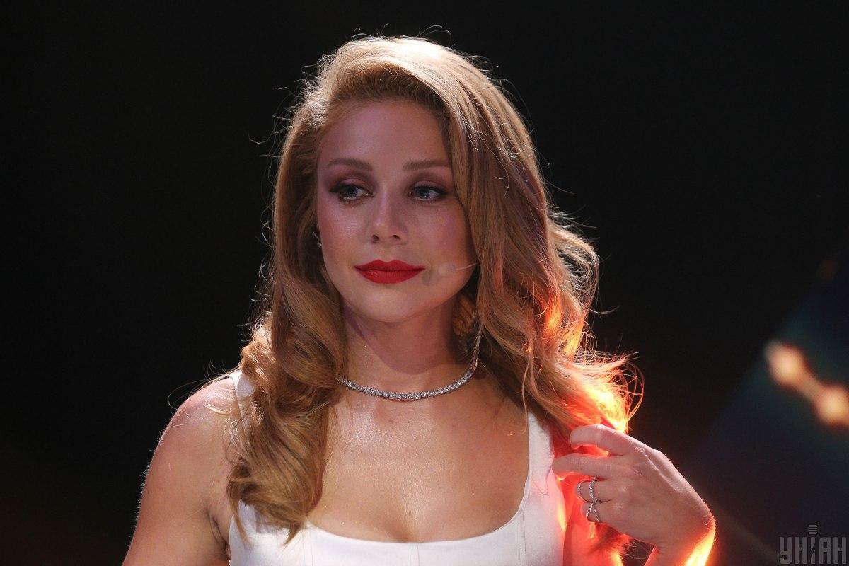 Тину Кароль не узнать без макияжа / фото УНИАН