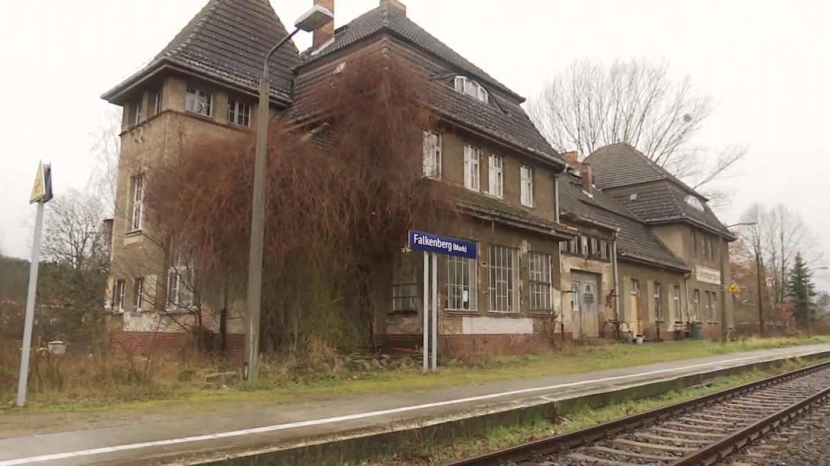 У маленьких містечках Німеччини потяги ходять повз них / фото ТСН.Тиждень