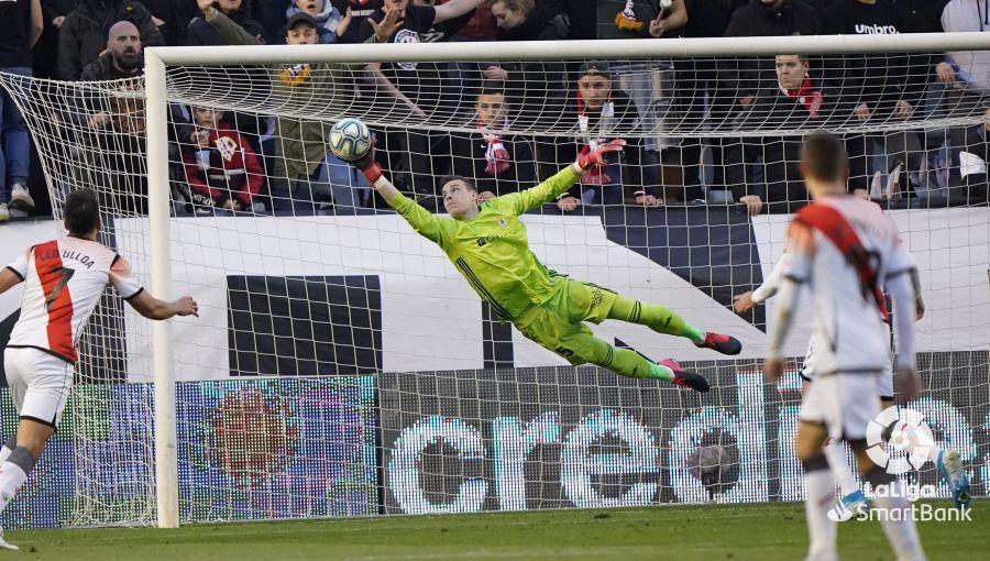 Один из сэйвов Андрея Лунина / фото: La Liga